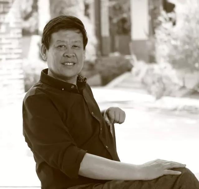 中国著名书法家龚存银为龚氏网题字